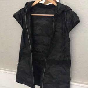 Lululemon camouflage vest